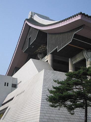 Главное здание Парка Независимости