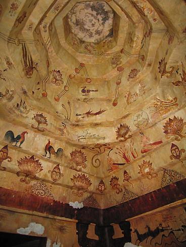 Роспись потолка в пещере