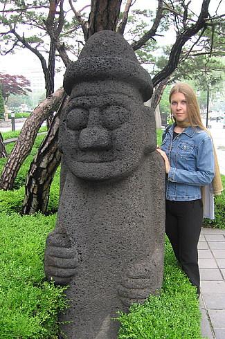Статуя с Чеджу